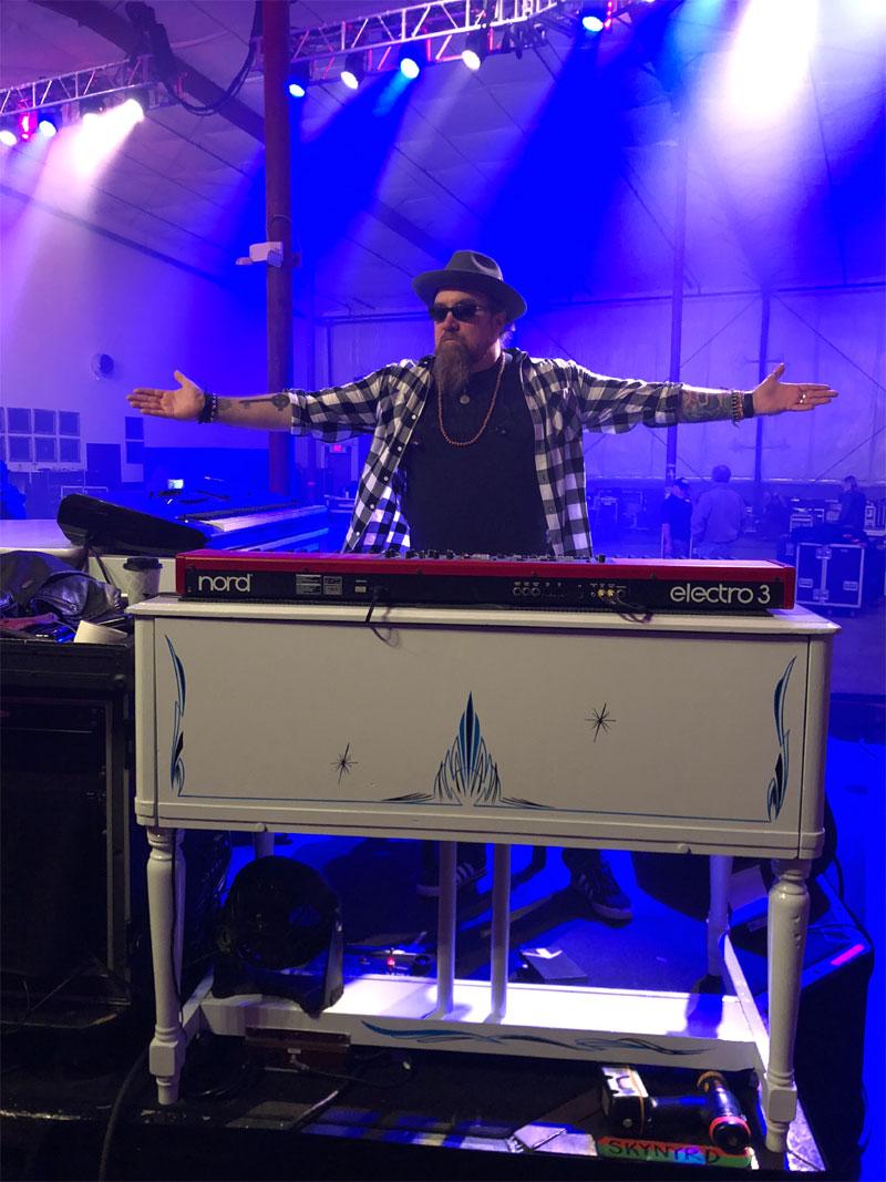Peter Keys On Stage